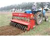 隻果樹施肥開溝機,自走式果園開溝施肥機,甘蔗種植開溝施肥機,甘蔗破壟施肥培土機,生產施肥機,動物糞便
